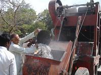 Vasudeoji, Secretary VK Nardep - pouring plastic waste